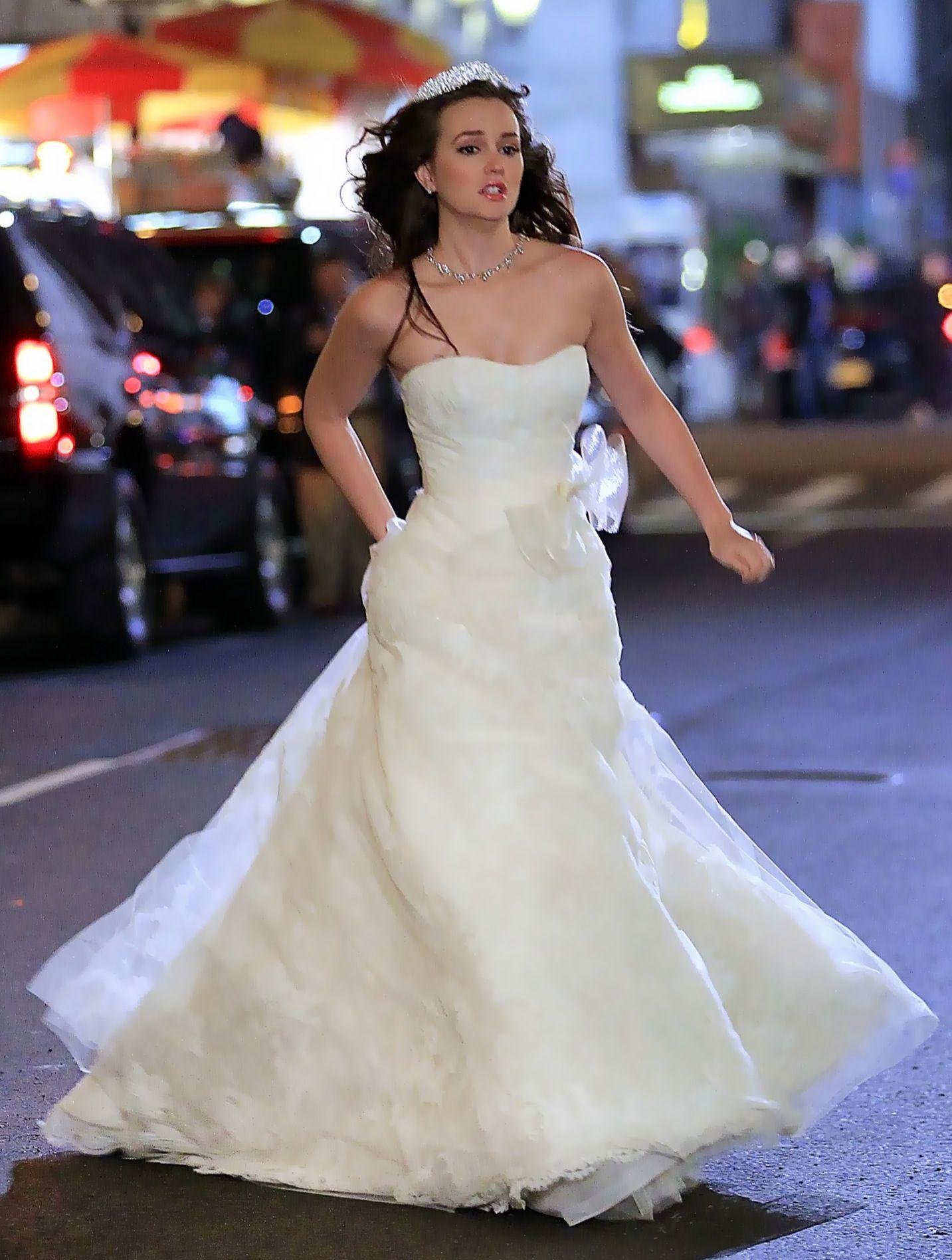 Leighton meester dresses wedding dresses one shoulder