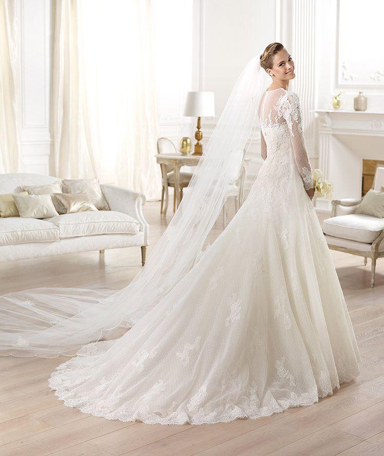 imagenes de vestidos de novia 2014 estilo princesa con cola larga ...