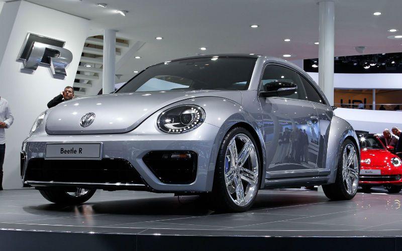 2015 Volkswagen Beetle Grill