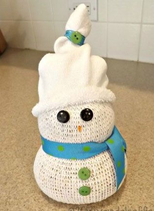 Simple DIY Christmas Craft Ideas for Kids - Sock Snowman - Click PIN