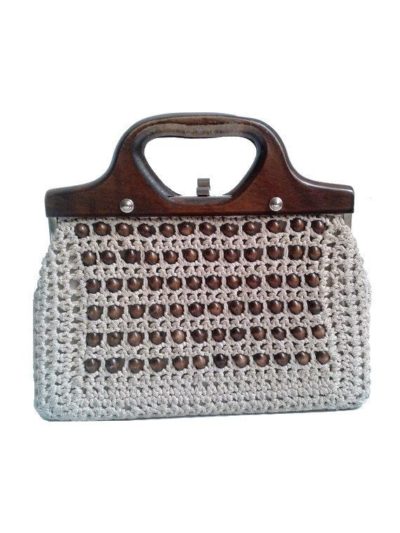 1960 french handbag wood  frame  and pearls woven by lesclodettes on Etsy https://www.etsy.com/listing/180634037/1960-french-handbag-wood-frame-and