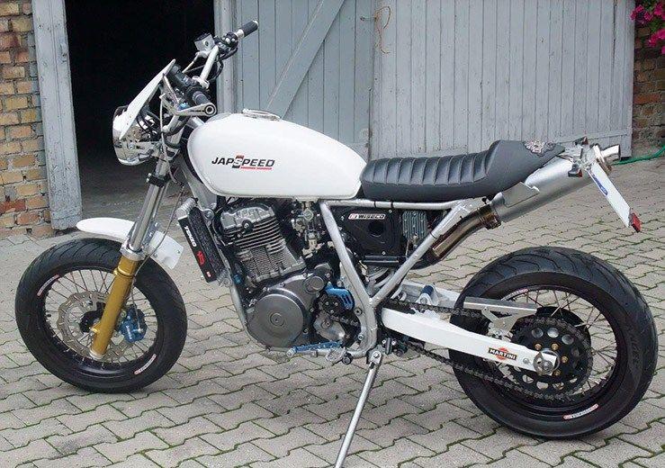 suzuki dr 800 big custom trackers scramblers motorcycle bike motorbikes. Black Bedroom Furniture Sets. Home Design Ideas