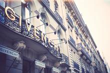Hubert de Givenchy -3 Av.GeorgeV -La Maison Givenchy