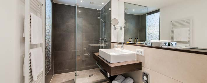 1000+ images about Bathroom on Pinterest | Toilets, Guest toilet ...
