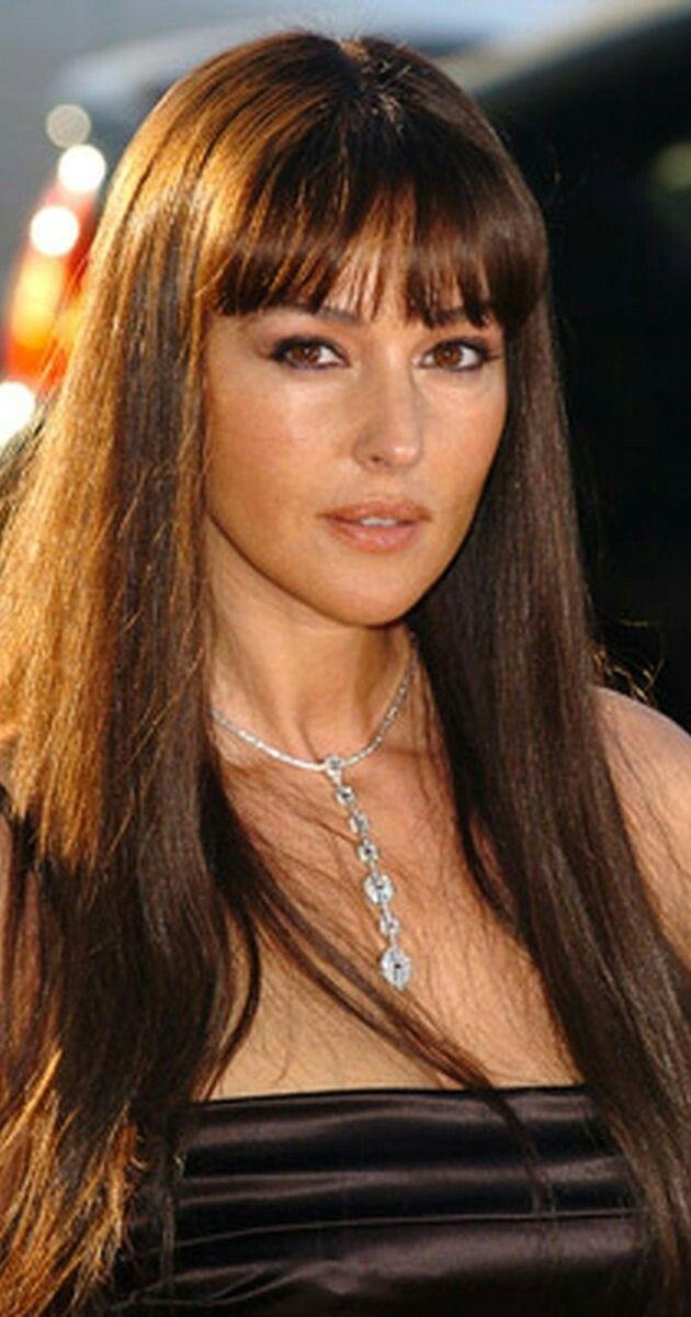 Epingle Par Lou Yepa Sur Beauty Monica Bellucci Coiffure Monica Bellucci Jeune