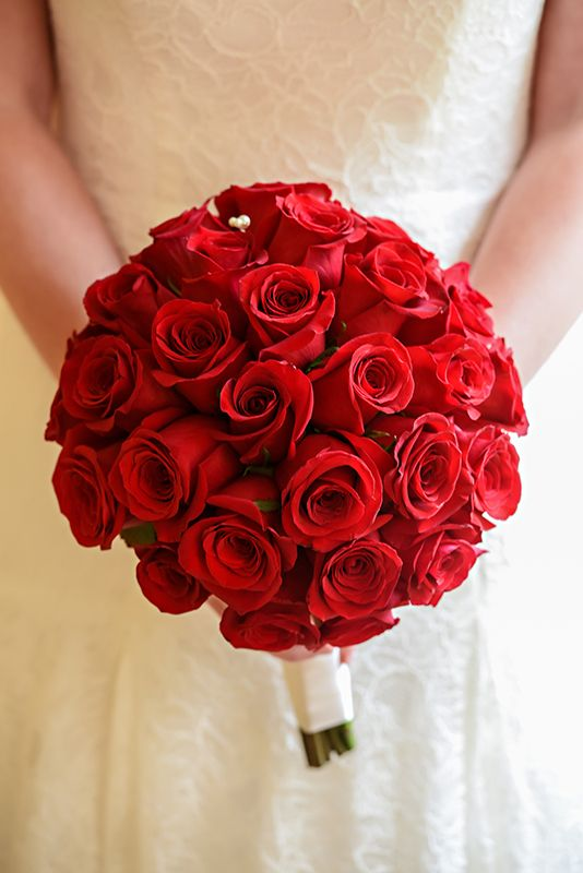red rose bouquets for weddings simple yet stunning wedding bouquet at walt 7006