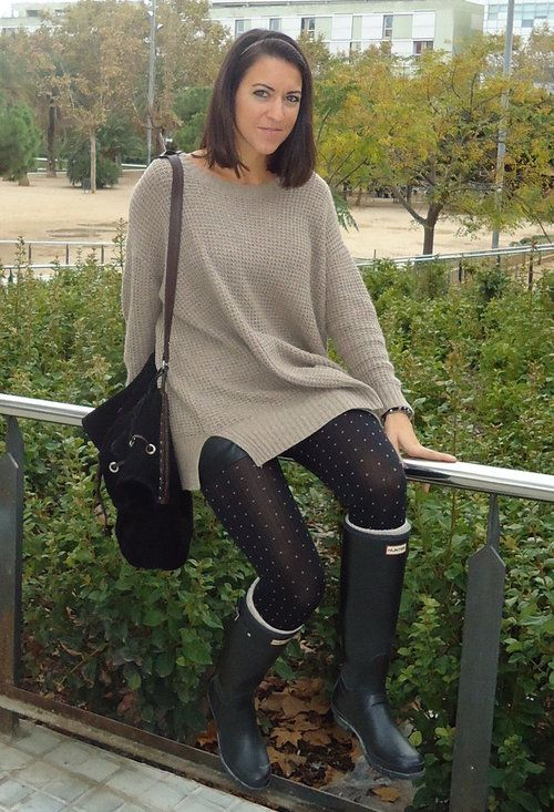 maxijumper and hunter boots   zara in sweaters  stradivarius in shorts  zara in bags  calzedonia
