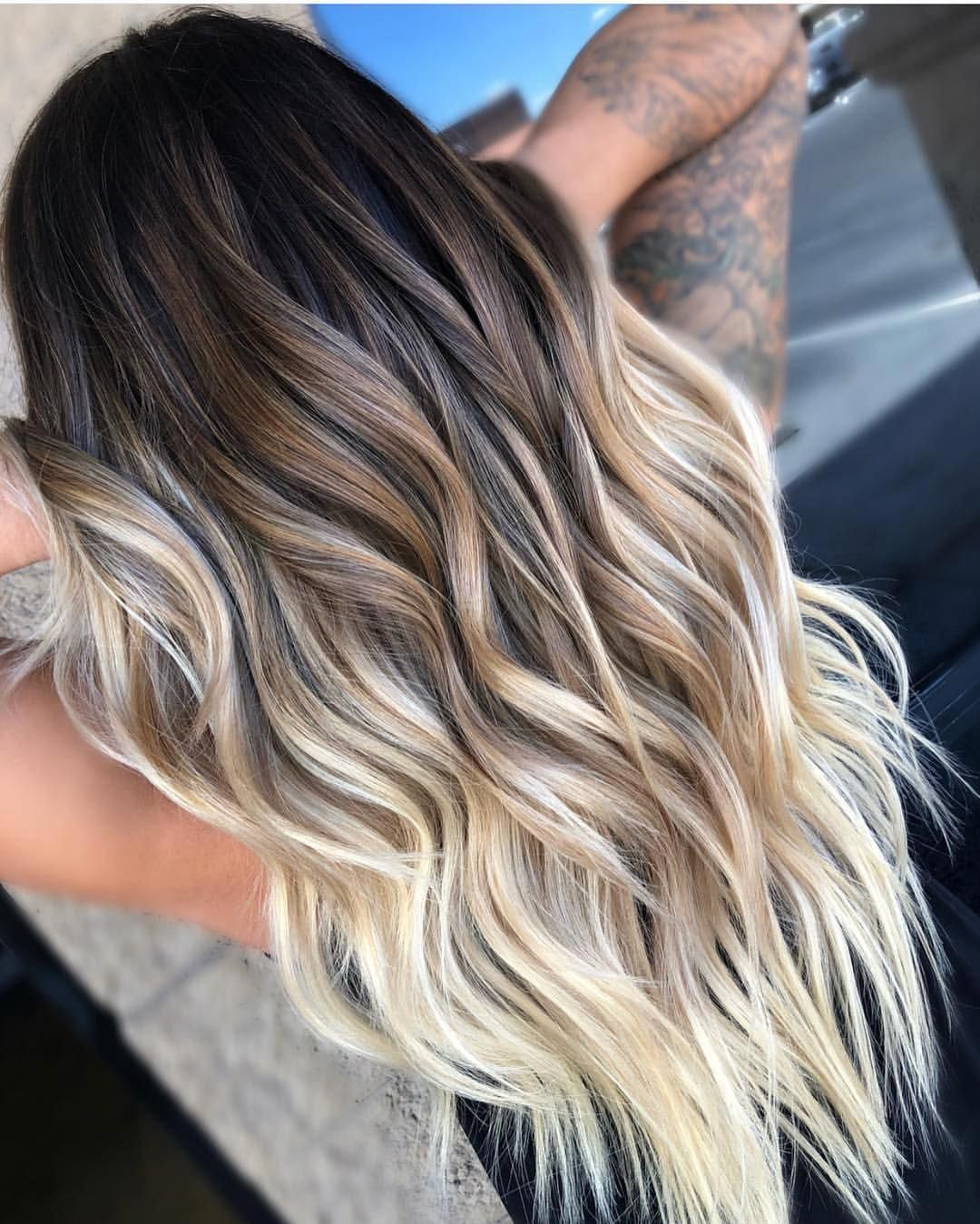 "MODERN SALON on Instagram: ""Stunning extension and color work by @balayagedbyhaley and @goddessofbalayage 🙌🙌 well done! • • • #modernsalon #bayalage #blondebalayage…"""