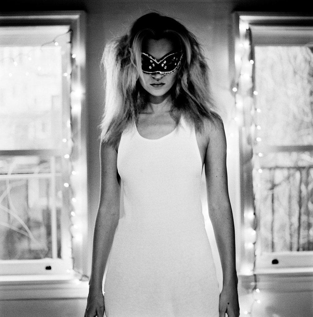 Anton Corbijn, »Kate Moss« (125x125 cm): 17.900,- Euro (incl. German VAT)