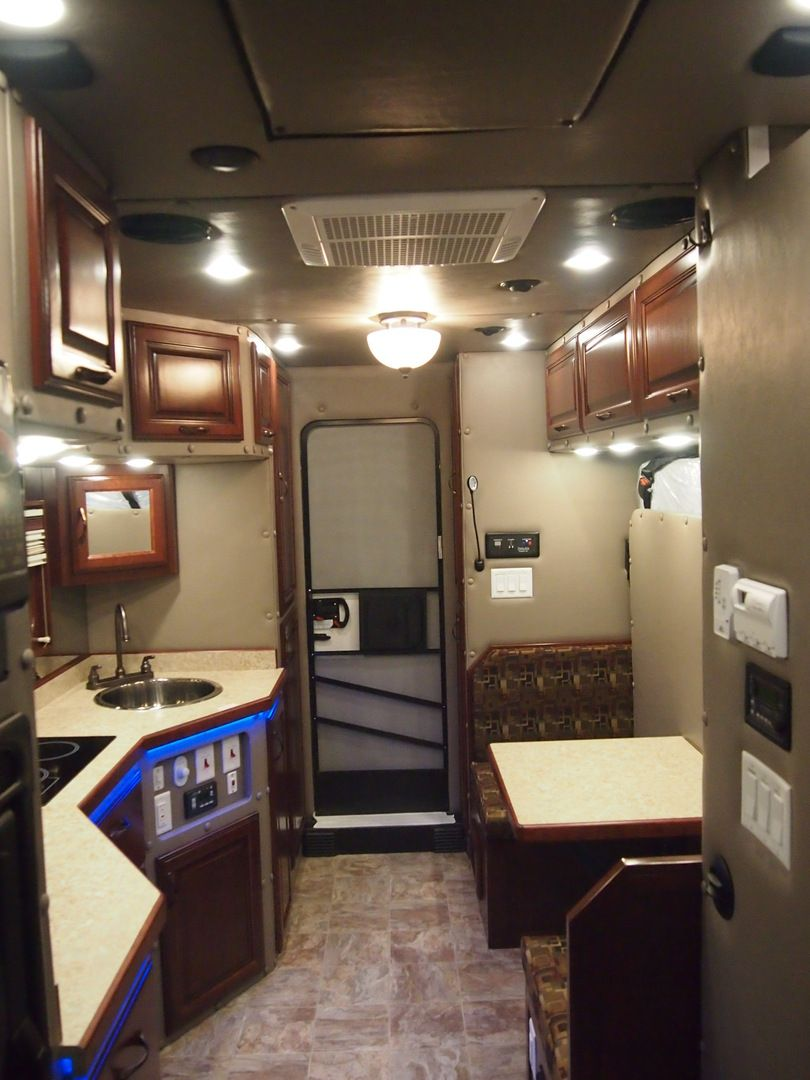 Peterbilt With Legacy Sleeper | Big Rig Interiors ...