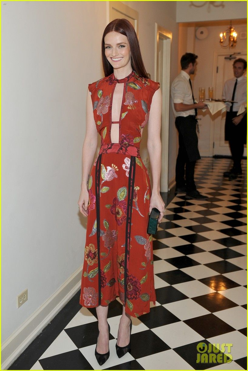 Lydia hearst in burberry red carpet dresses pinterest lydia