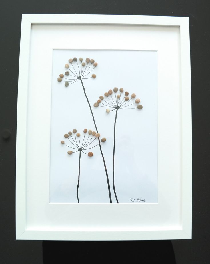 Weiteres - Steinbild - Kieselstein - Blumen - ein Designerstück von Handmadefac... - Ideen Blog #steinbilderselbermachen
