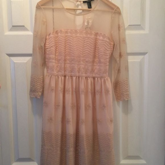 Rose Lace Dress (Knee Length) Beautiful lace dress, soft rose color. Never worn. Perfect for Sunday Brunch, Maternity shoot, or a BabyShower . F21 Dresses Midi