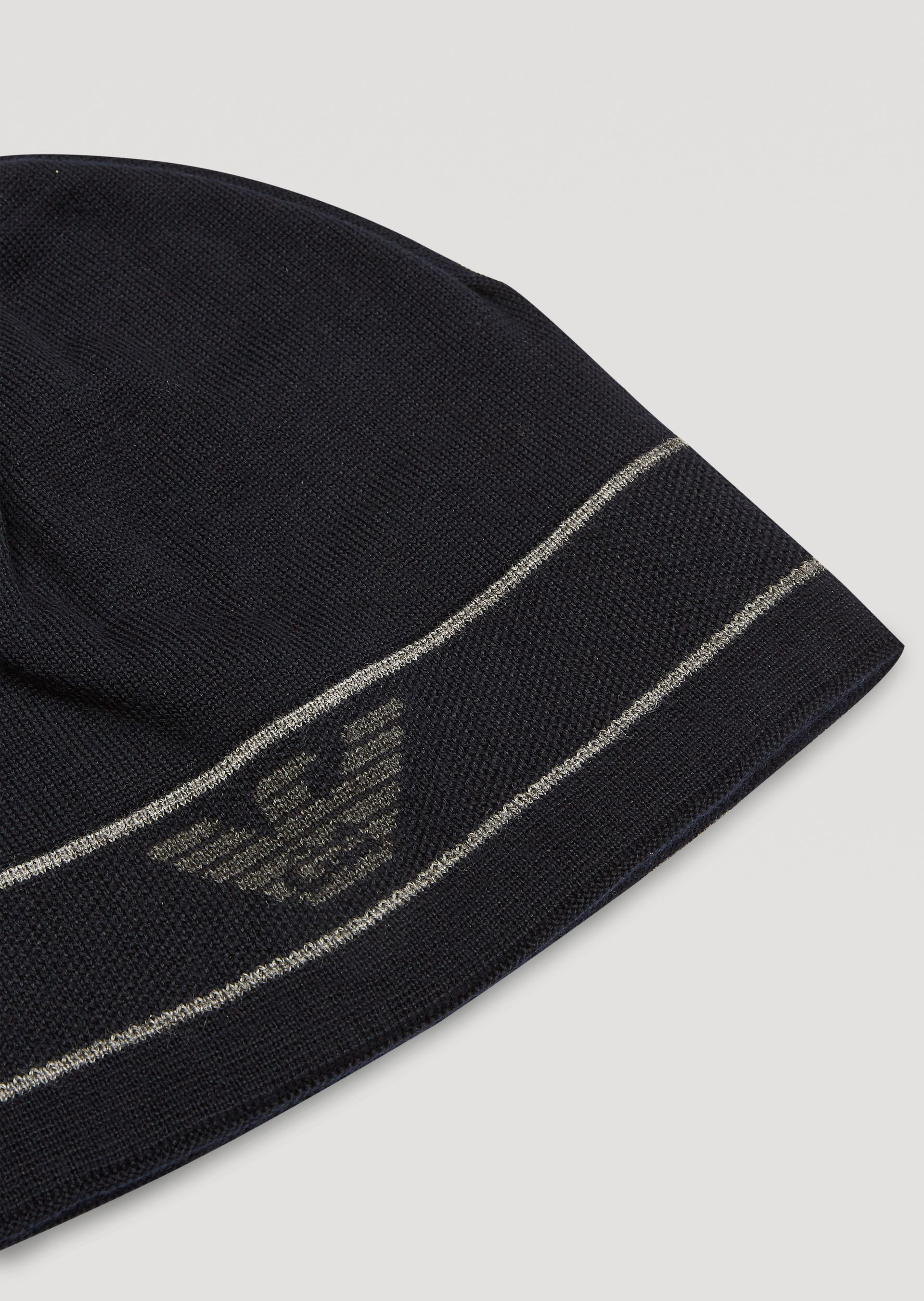 0ad419871f9 Emporio Armani Reversible Knitted Hat With Logo - Anthracite M ...