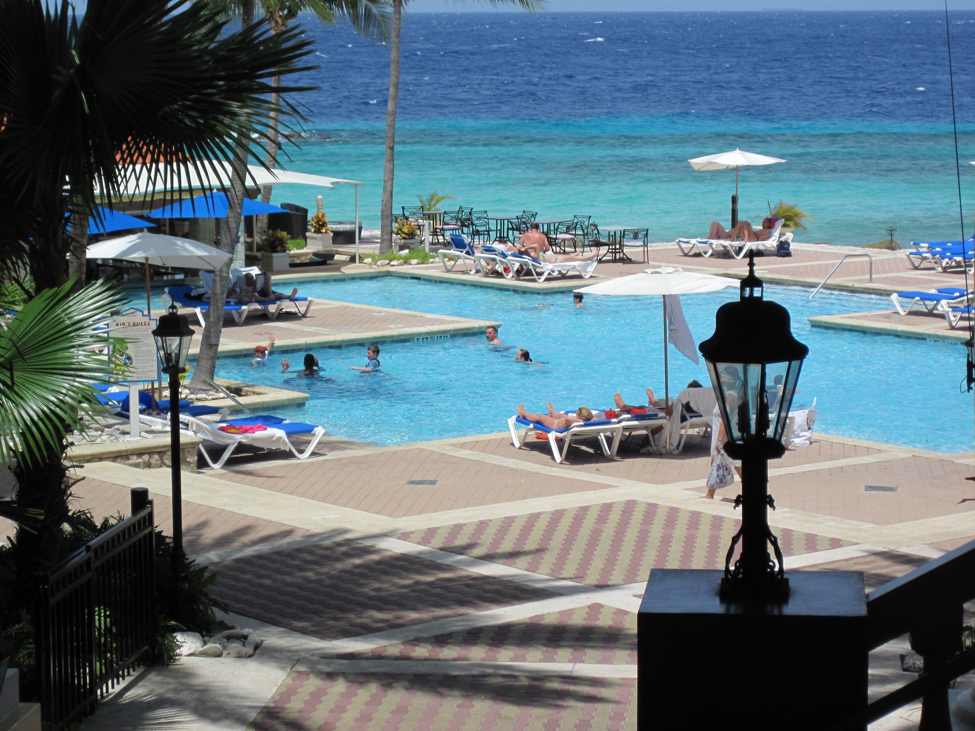 Curacao marriott beach resort & emerald casino closed