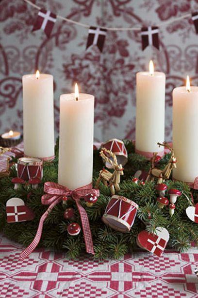 Adventskranse - Den klassiske adventskrans #kalenderlysdekorationer