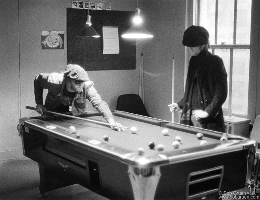 John Lennon & Harry Nilsson, Playing Pool At The Record