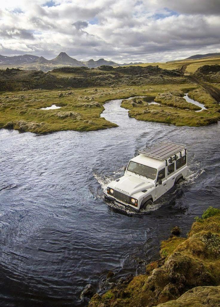 Lakagigar Iceland - River Crossing