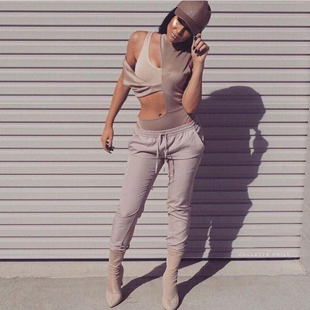 Hip hop girl nude standing