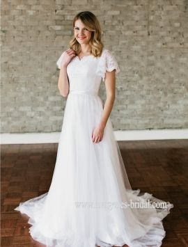 Looking For Lace Vintage Boho Allure Or A Modest Wedding Dress Shop Margenes Located In Idaho Falls And Boise