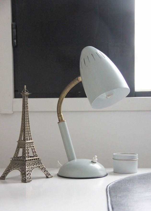 CIRKUS: vanha vintage lamppu // old vintage lamp from Aris