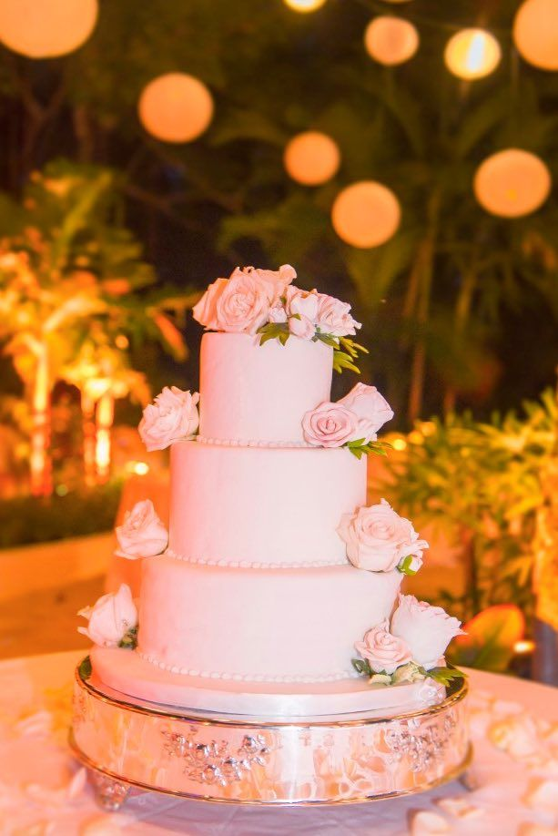 Wedding Cake Inspiration Photo A Day Of Bliss Modwedding Wedding Cake Dessert Table Wedding Cakes Wedding Cake Inspiration