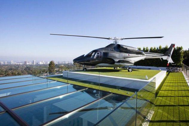 b114a6f37a0 A casa mais cara à venda nos EUA custa 235 milhões e inclui carros de luxo