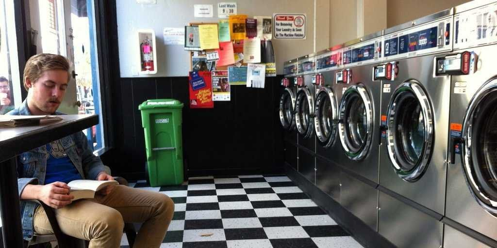 http://static6.businessinsider.com/image/54008caeeab8ea4f64669022-1024-512/laundromat-9.jpg