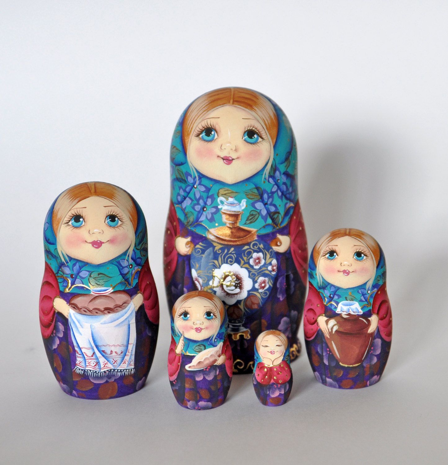 collectible russian wooden painted matryoshka nesting doll set 5 in 1