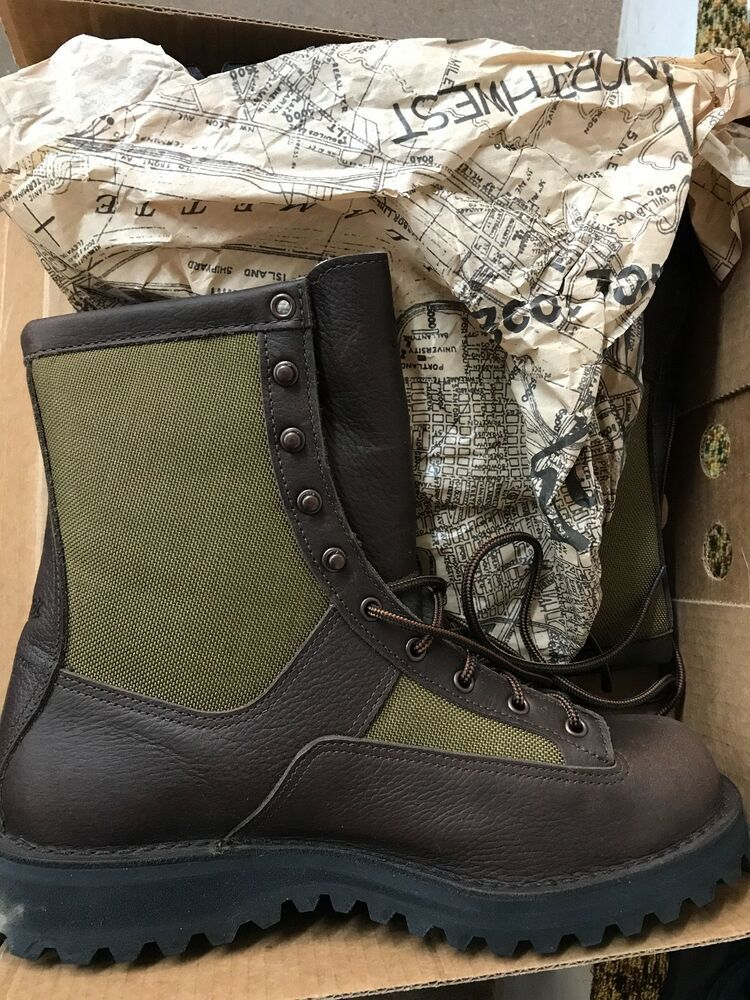 HIGH HEEL TIMBERLAND BOOTS. on The Hunt