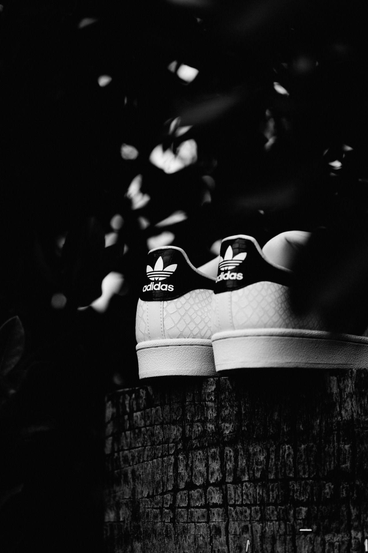 Adidas Originals Embossed Snakeskin Superstarwww.featuresneakerboutique.comPhotographer: @FreakinFrancis