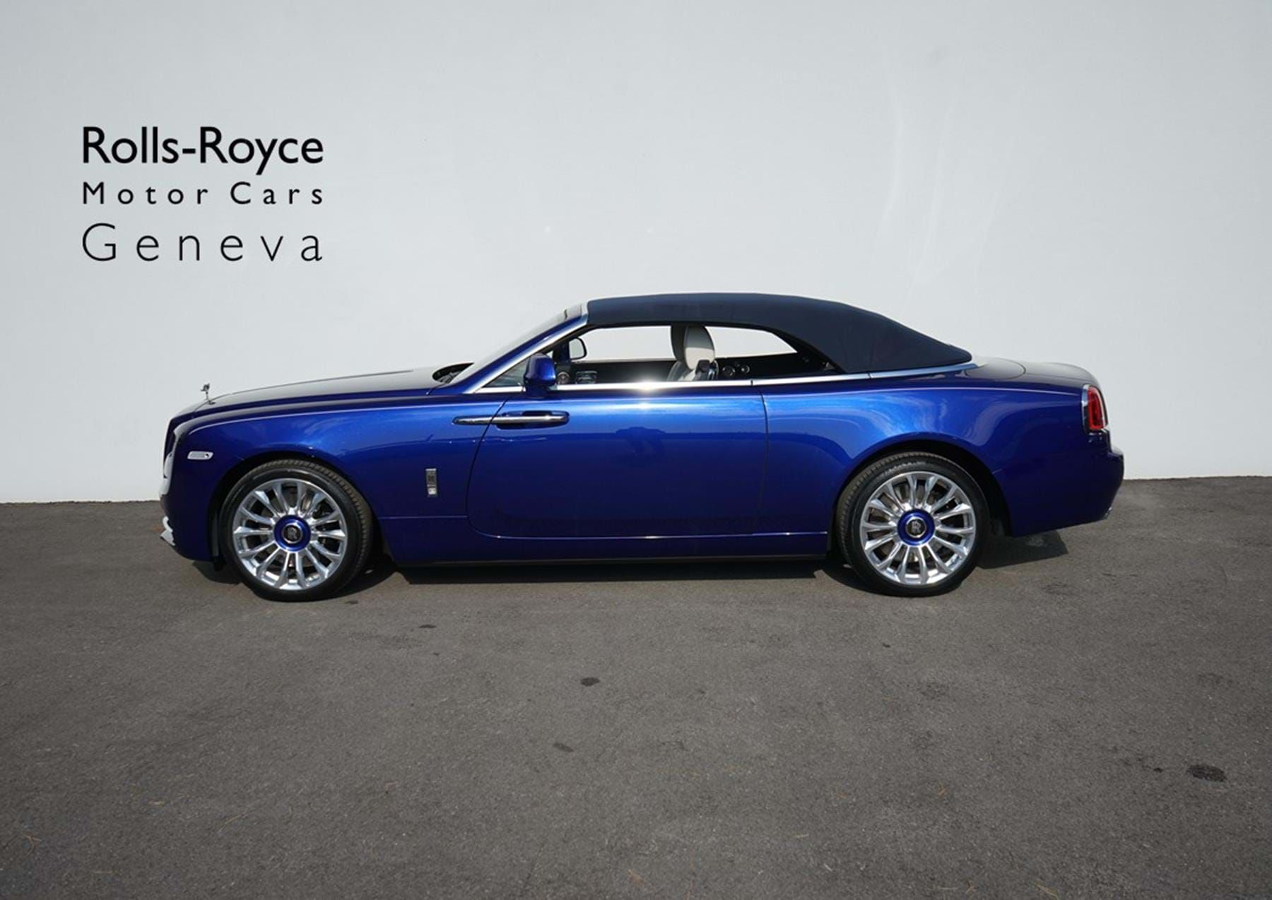 Photo of Rolls-Royce Dawn Crystal over Salamanca Blue – Pegasus Automotive – Switzerland