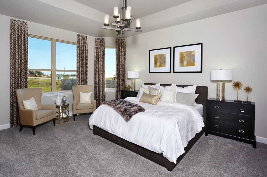 Round Rock, Texas Siena Yaupon Bedroom decor design