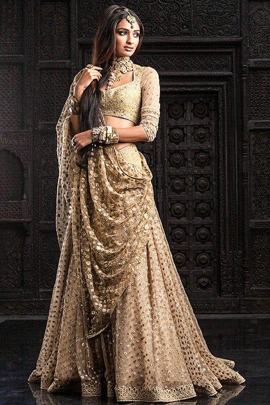 Spiksplinternieuw Bollywood sieraden (met afbeeldingen) | Indiase trouwjurken, Jurken MC-27