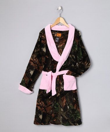 Take A Look At This Trail Crest Pink Camo Fleece Robe