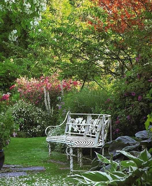Jardin A L Anglaise Jardin Anglais Jardins Beaux Jardins