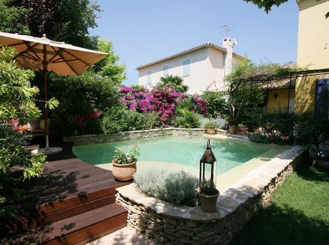 un coin piscine ultra d co piscines de r ve dreamy swimming pools pinterest muret en. Black Bedroom Furniture Sets. Home Design Ideas