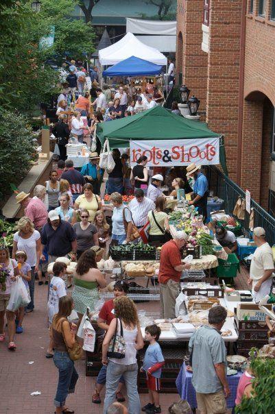 Many Shoppers Enjoying The Kennett Square Farmers Market