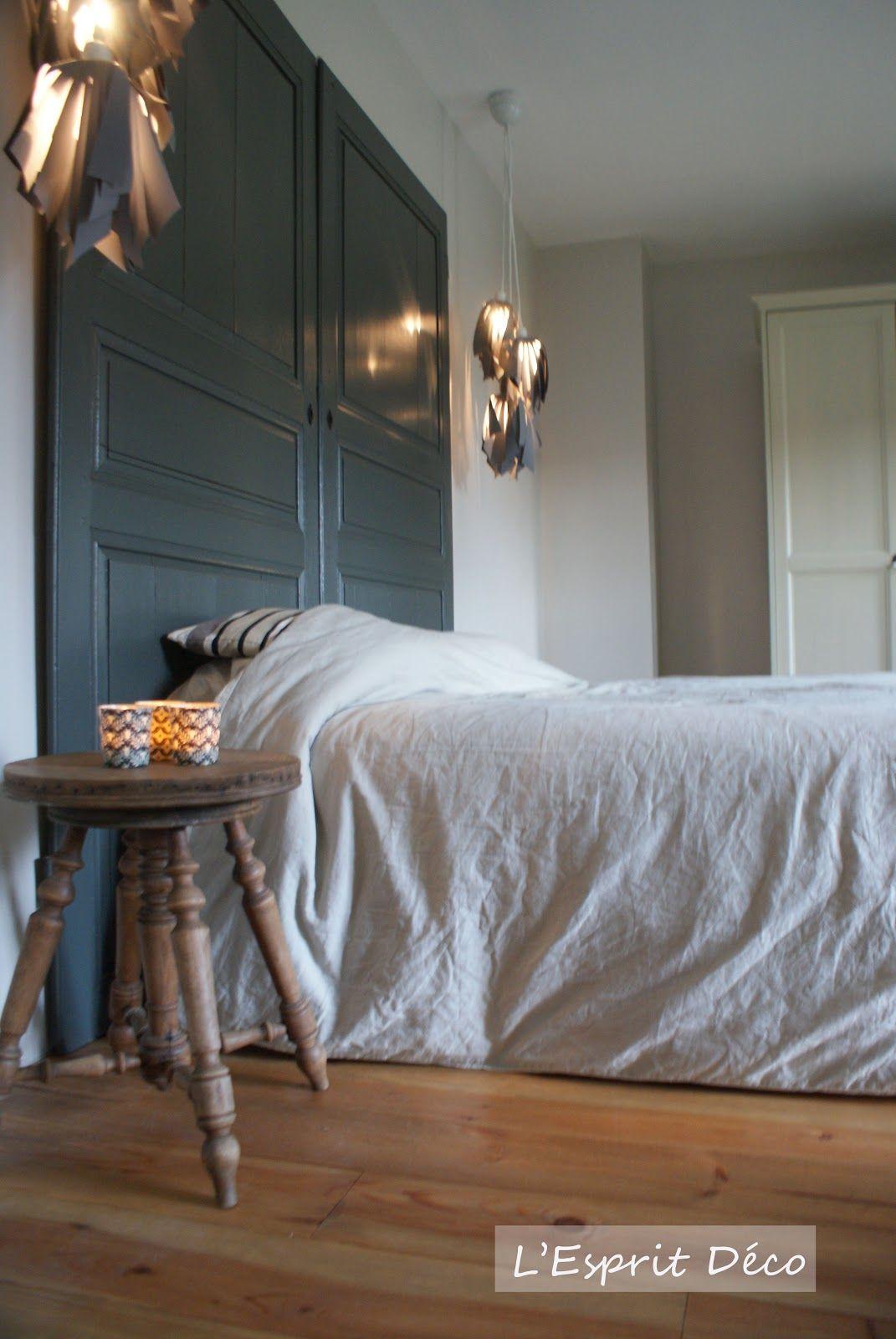 Tete De Lit Porte De Grange portes récup en guise de tête de lit. | idee tete de lit