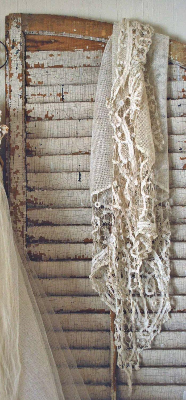 Vacker romantisk vit spets kjol shabby chic på