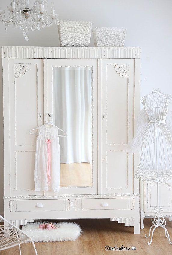 Antiker Kleiderschrank mit geschliffendem Spiegel, Vintage Schrank ...