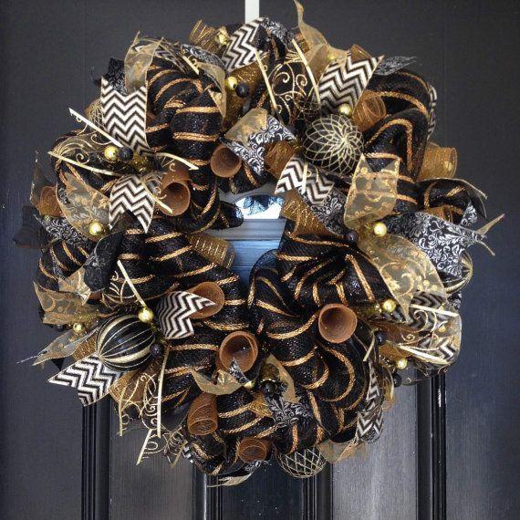 Deco Mesh Wreath CHRISTMAS - Black