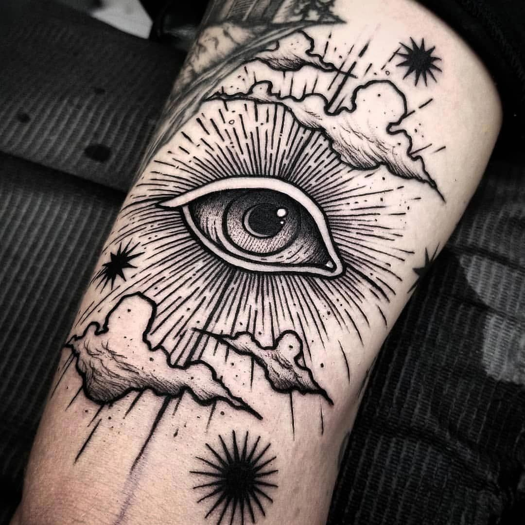 I Sincerely Appreciate The Color Styles Outlines And Detail This Is A Fantastic Choice If You Really Want Tatuajes Espaciales Tatuajes De Nubes Tatuaje Ojo