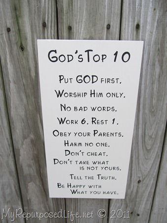 Totally gonna make this for my garden fence. I need the reminder...lol