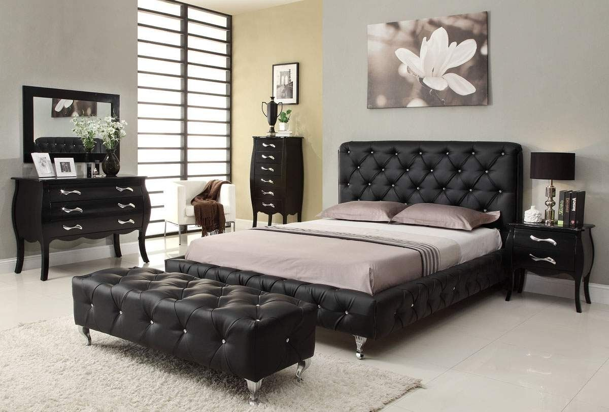 Bedroom Furniture Designs Elegant Italian Bedroom Furniture Set Black White Theme  Bedroom