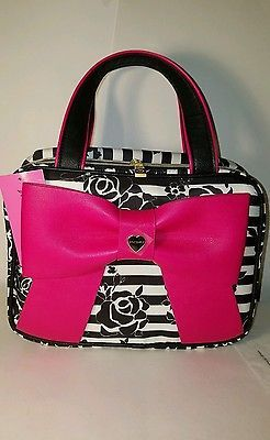 Betsey Johnson Cosmetic Bags Weekender Bow Cosmetic Case - Red big bow bag