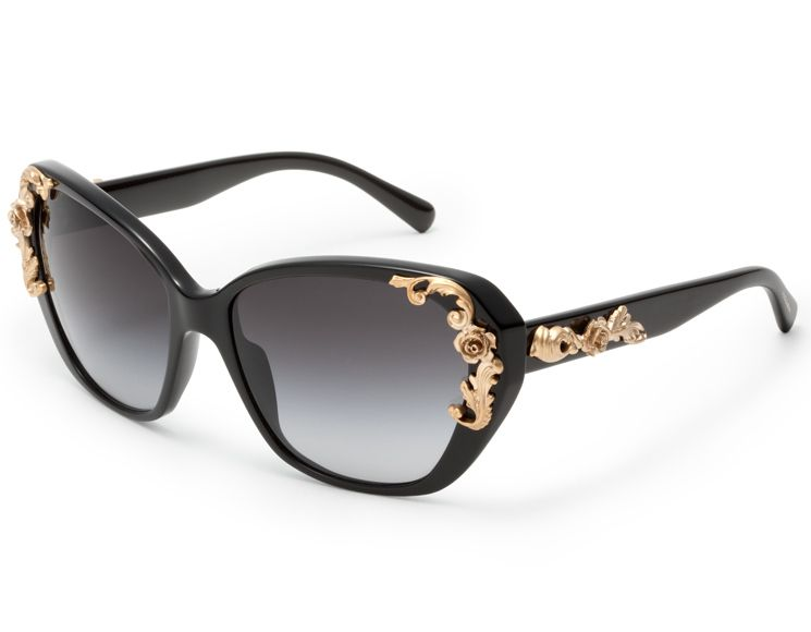 Great designer brands such as Dolce and Gabbana, Bvlgari, Versace and Chanel offer great proposals for baroque lovers. Description from eyeweardaily.com. I searched for this on bing.com/images