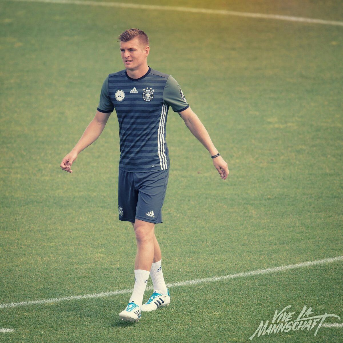 Pin by ฉุด ช่อน on Toni Kroos Pinterest
