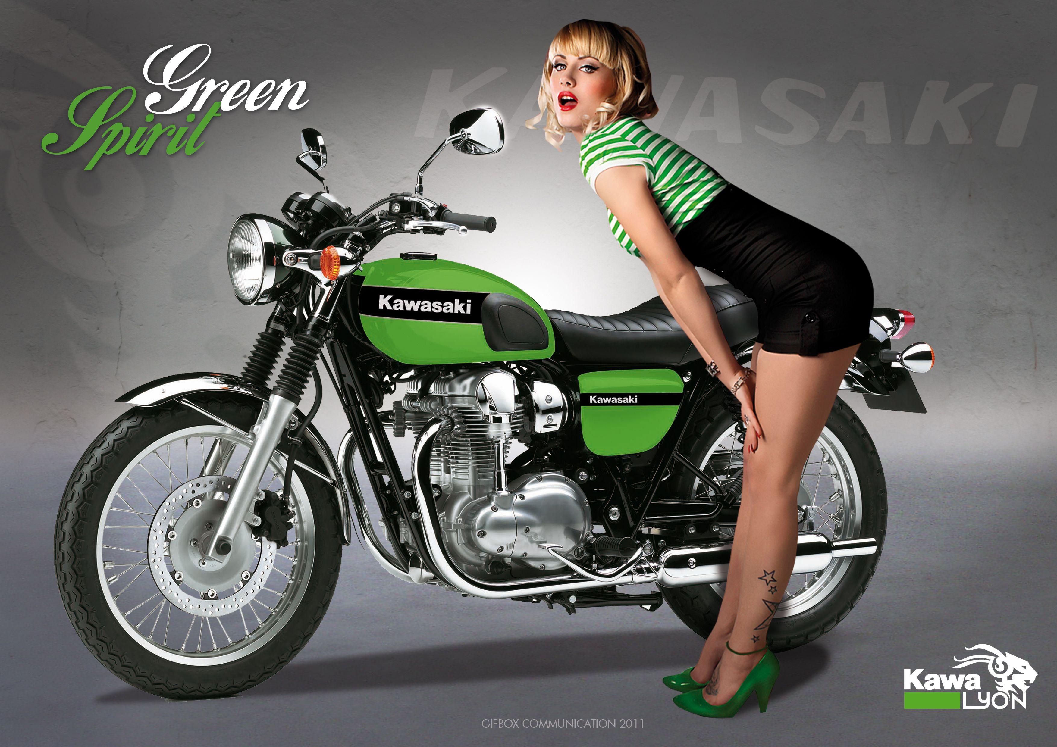 Kawasaki W800 Pin Up Style Green Spirit By Chico Kawasaki Grenoble