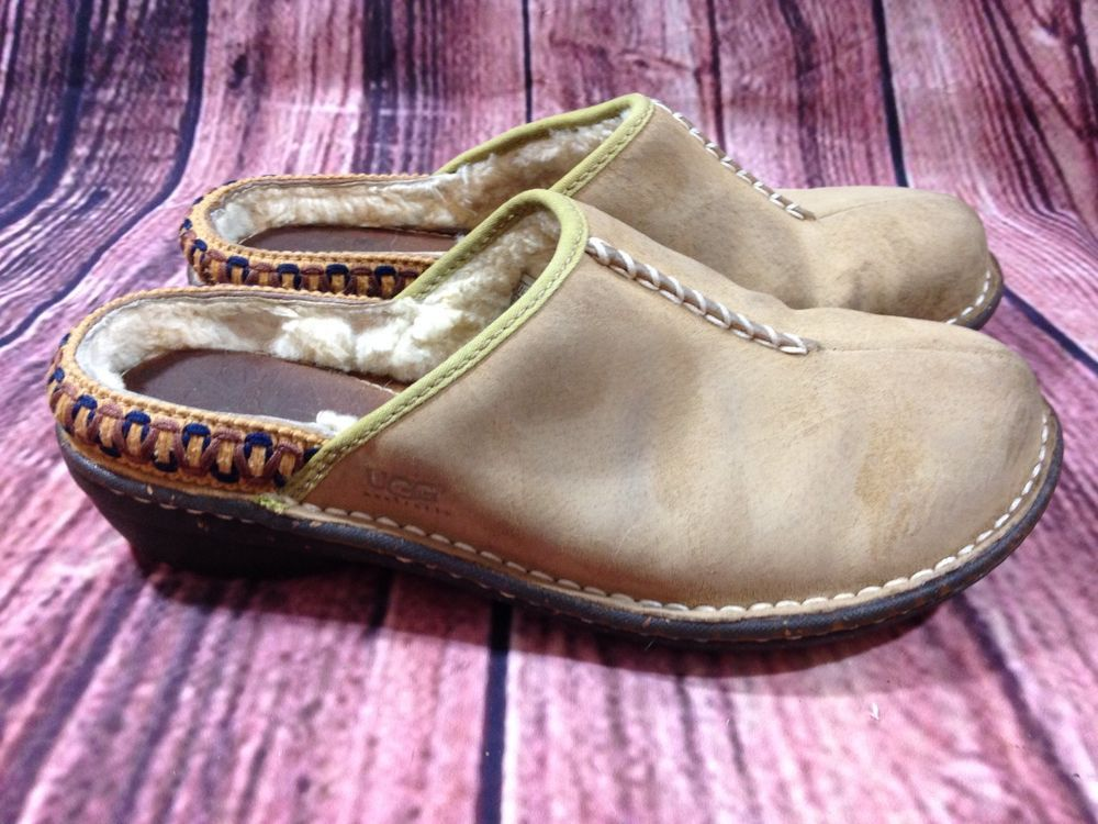 08860e5f69167 Ugg Australia brown micro Suede Fur Lined Clogs Size US 8 M  UGGAustralia   Clogs  Casual